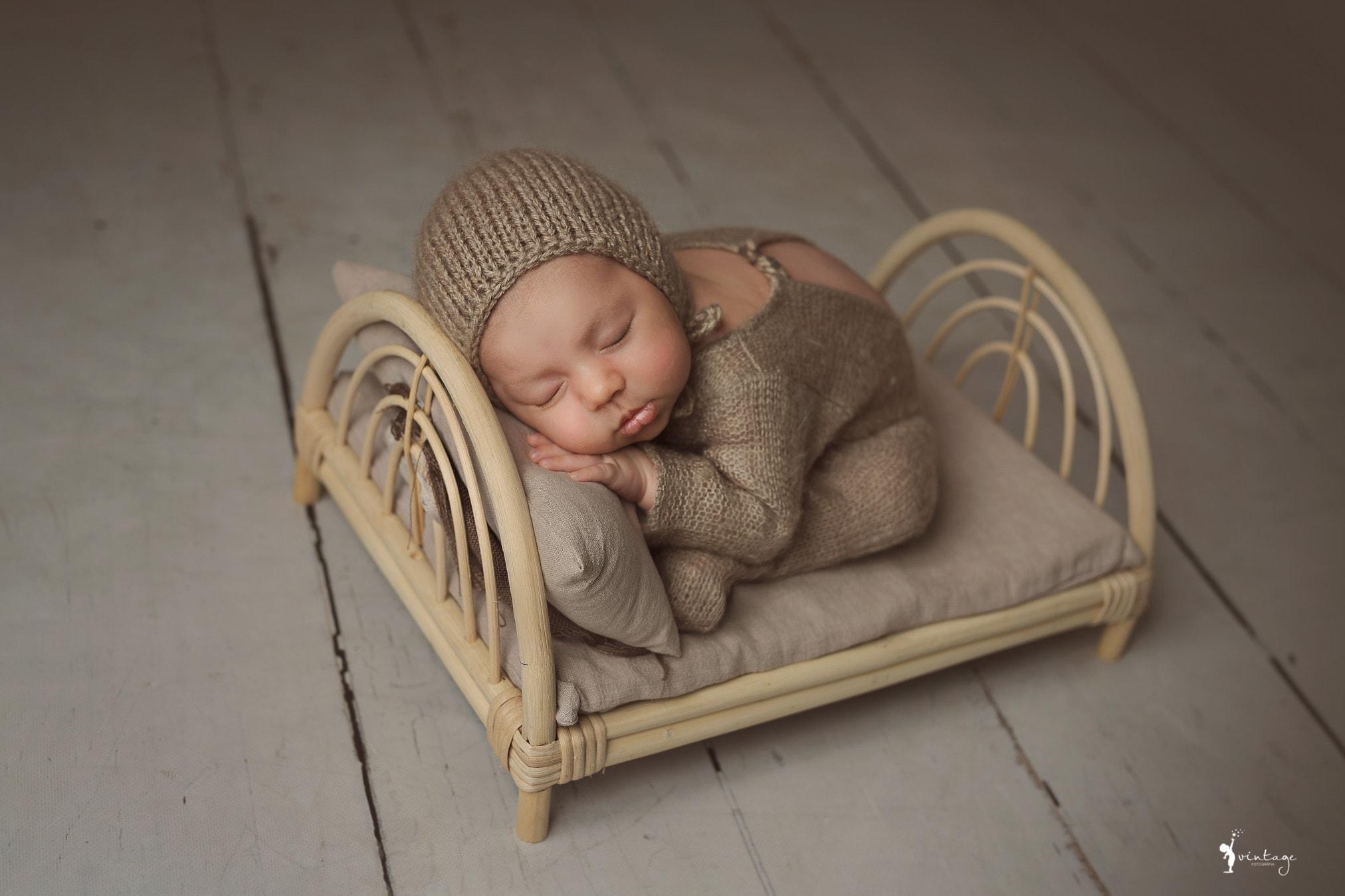 reportaje de recien nacido book bebes vintage fotografia toni lara